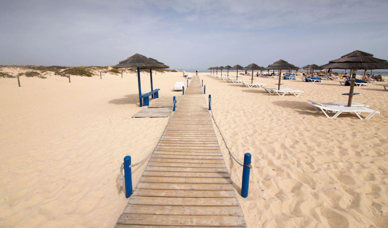 Ilha-de-Tavira-wonderful-beach